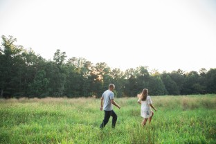 Serenbe Engagement Session : Serenbe couple : Open field engagement photo : Atlanta Wedding Photo : Laura Stone Photo : Atlanta Wedding Photography